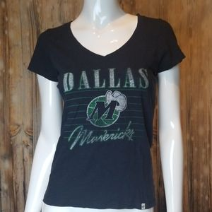 Dallas Mavericks Basketball T-shirt